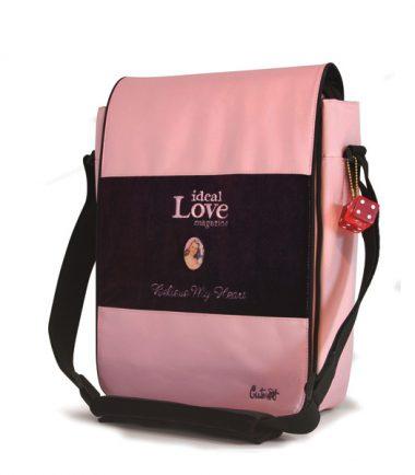 Maddie Powers Hipster / Retro Laptop Messenger Bag (Pink)