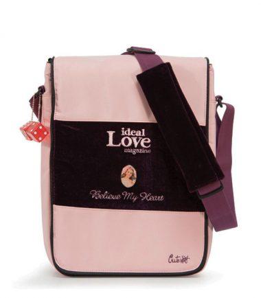 Maddie Powers Hipster / Retro Laptop Messenger Bag (Pink) - Padded shoulder strap