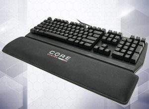 "Mobile Edge Core Gaming 18.5"" Gel Wrist Rest"